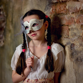 Venezia Girl by Jiri Cetkovsky - Babies & Children Child Portraits ( young, sad, venezia, girl, portrait, mask )