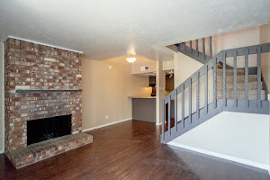 Oak Lawn Heights Apartments