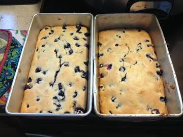 Very berry blueberry tea loaf