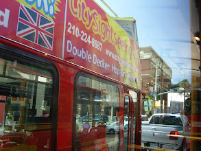 Photo: Sightseeing Bus - They get TIPS