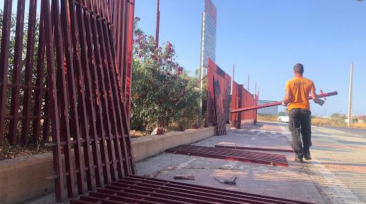Nuevo pavimento y reposición de las vallas rotas para el recinto ferial