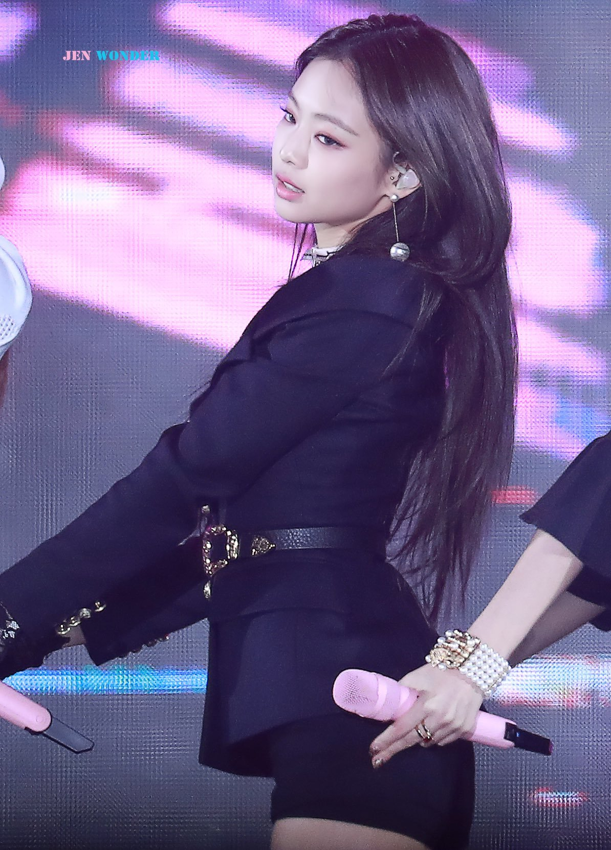 fe3f2d718111e TOP 10 Sexiest Outfits Of BLACKPINK Jennie (30+ Photos) - Koreaboo