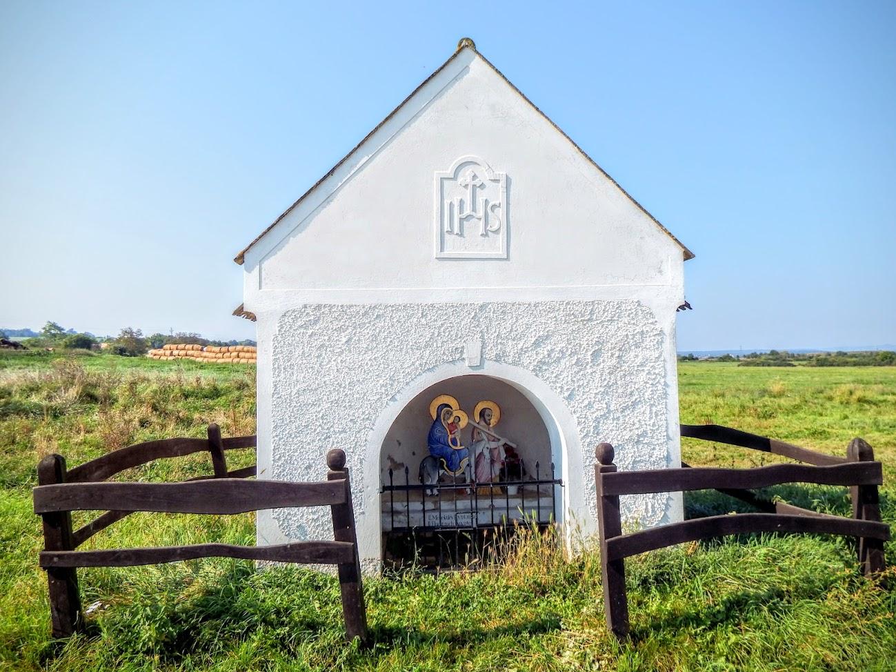 Barnag - kálváriakápolna 7 stációs keresztúttal a temetőben