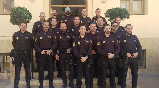 Agentes de la UPR en la comisaría de Alcalde Muñoz (Almería)