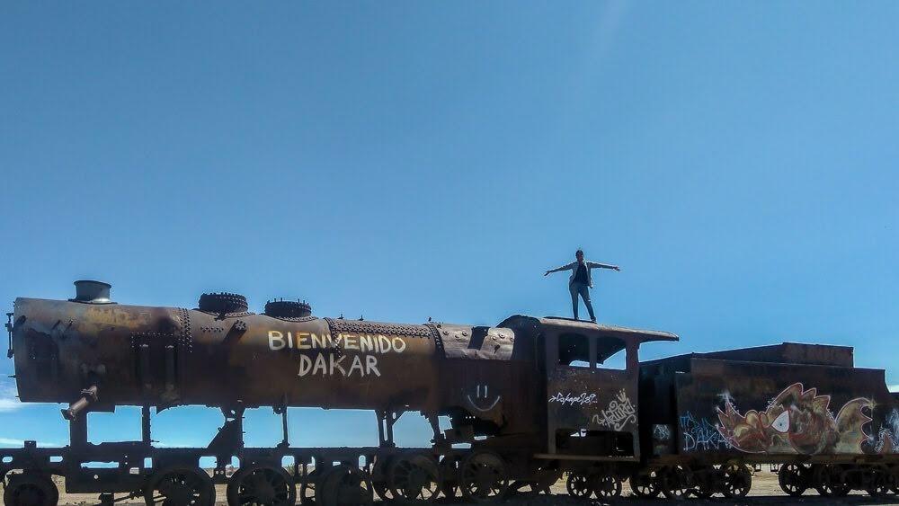 cemeterio de trenes uyuni salt flats bolivia.jpg