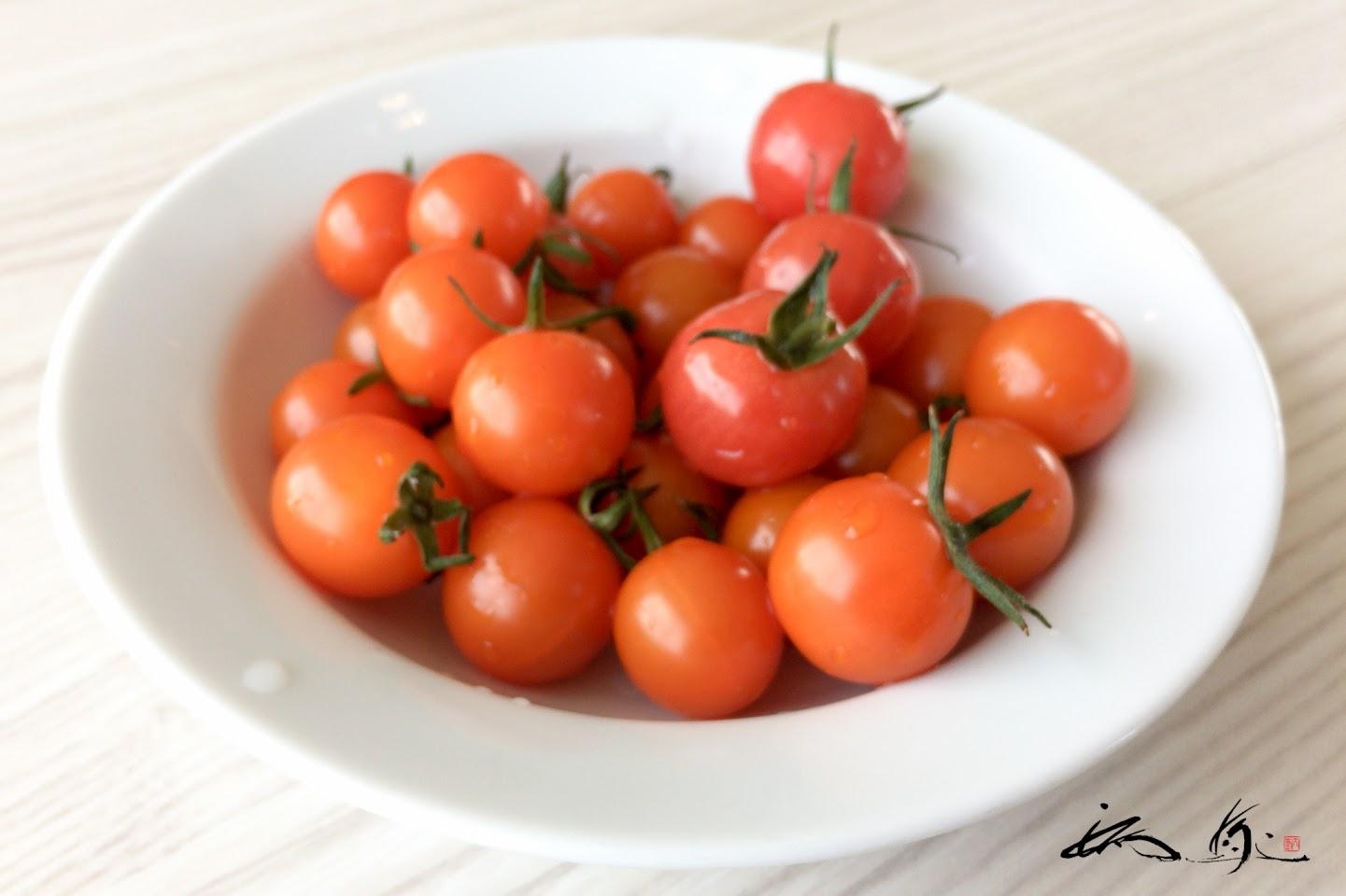 ミニトマトがサービス