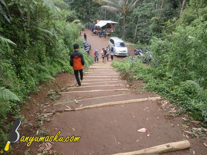 Lokasi Parkir Bukit Tranggulasih