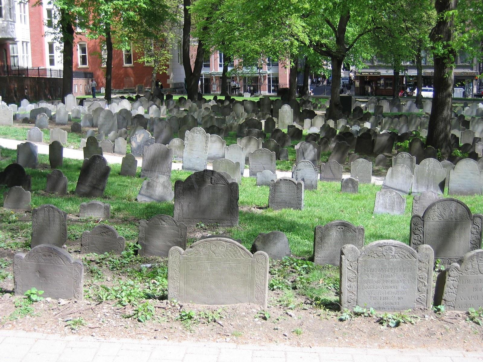 Boston's_Granary_burial_ground.jpg