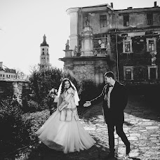 Wedding photographer Aleksandr Slobodyan (MEGAS). Photo of 26.04.2016