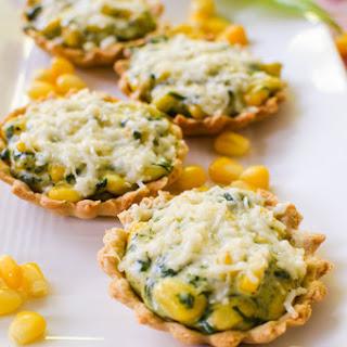 Cheesy Corn and Spinach Mini Tarts, how to make cheesy corn and spinach tarts