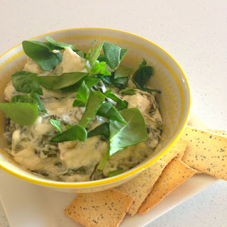 Slow Cooker Cheese Baby Spinach Dip.
