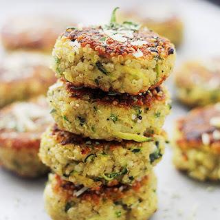 Garlicky & Cheesy Quinoa Zucchini Fritters Recipe