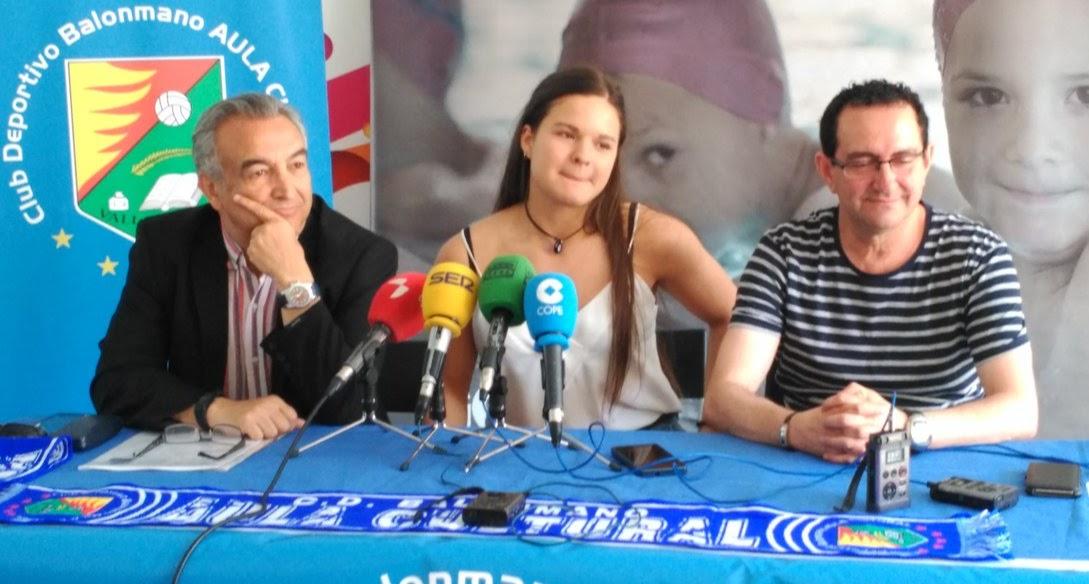 Aula Valladolid presenta a Magdalena Fernández-Agustí