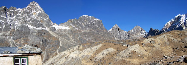 Photo: Dzonghla