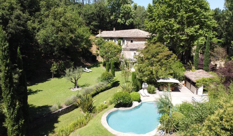 Propriété avec piscine et jardin Montpellier
