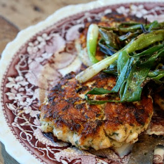 Ginger Salmon Burgers with Grilled Scallions Recipe