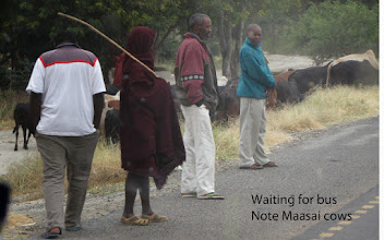 Photo: Saw many people waiting for busses along the highway