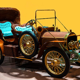 by David Winchester - Transportation Automobiles