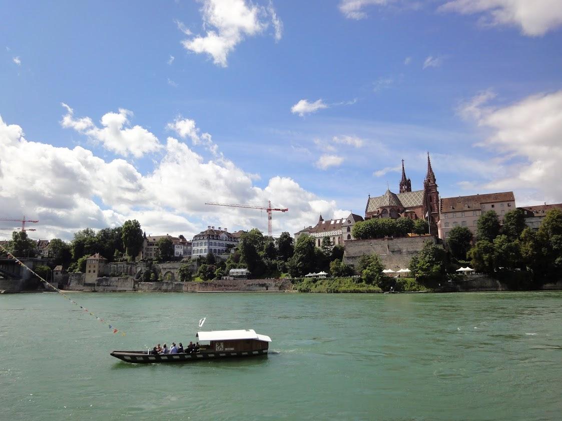 Bac à traille sur le Rhin à Bâle