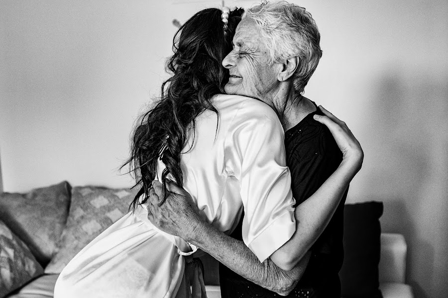 Wedding photographer Sabina Mladin (sabina). Photo of 19.08.2019