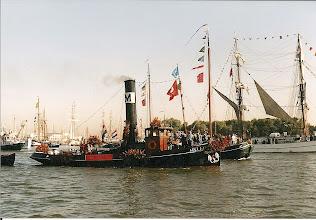 Photo: Sail Amsterdam, 2000 (ingezonden door D.Boekweit)