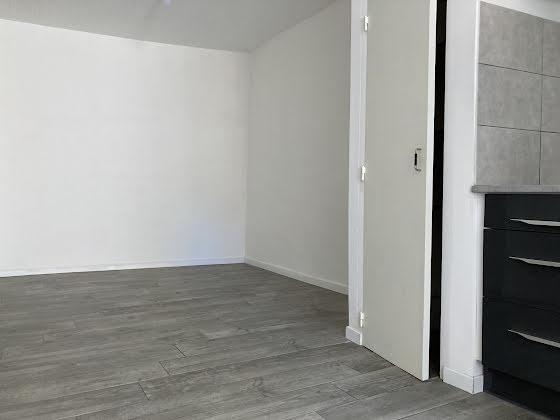 Location maison 2 pièces 53 m2