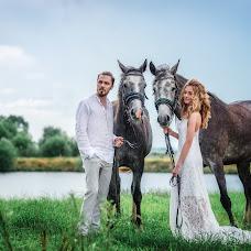 Wedding photographer Elena Duvanova (Duvanova). Photo of 14.04.2018