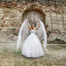Wedding photographer Sergey Zakharevich (boxan). Photo of 12.06.2017