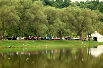 Photo: Un beau site en bordure de l'étang