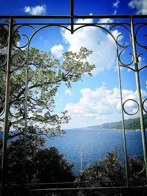 Una finestra vista mare di Claudia84