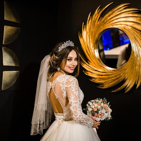 Wedding photographer Sergey Yashmolkin (SMY9). Photo of 10.11.2017
