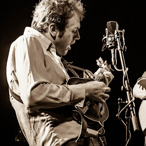 Chris Thile by Jason Rose - People Musicians & Entertainers ( mandolin, chris thile, bluegrass,  )