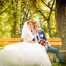 Wedding photographer Dmitriy Guryanov (DArtroom). Photo of 18.02.2017