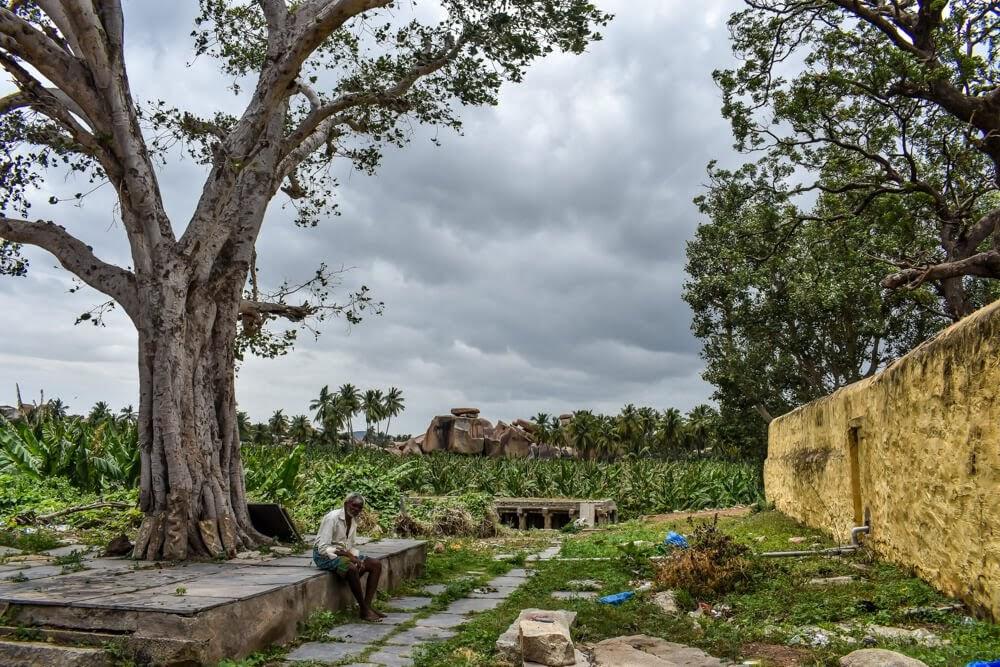 virupaksha+temple+complex+hampi+ruins