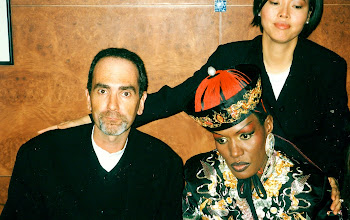 Photo: Spot the brain cell! Grace Jones & Sally wowed by Steve Beaver's stunning repartee. UNITY - The Great Hong Kong Handover Party - welcome dinner @ the Peninsula Hotel. June 30th 1997.