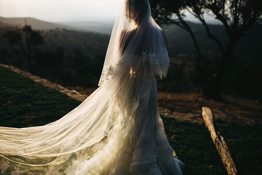 Wedding photographer Vasiliy Tikhomirov (BoraBora). Photo of 03.03.2015