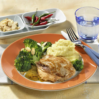 Ham-Stuffed Steaks with Broccoli and Mashed Potatoes