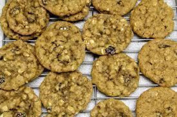 Frostys Oatmeal Raisin Cookies Recipe