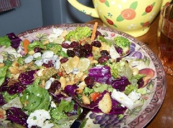 A salad I can never resist...pix by: CinStraw
