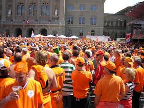 Photo: .... bijna 50.000 Nederlanders in Bern, waarvan 15.000 met  een kaartje....