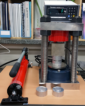 Photo: Hydraulic Press System (front view)