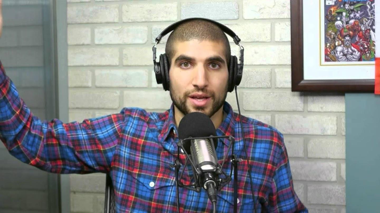Watch Ariel Helwani's MMA Show live