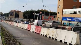 El puente de Avenida del Mediterráneo, en obras para realizar el carril bici en el que tuvo lugar el suceso.