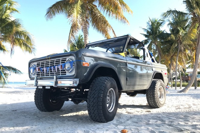 1973 Ford Bronco Restomod Hire 2100 NW 42nd Ave