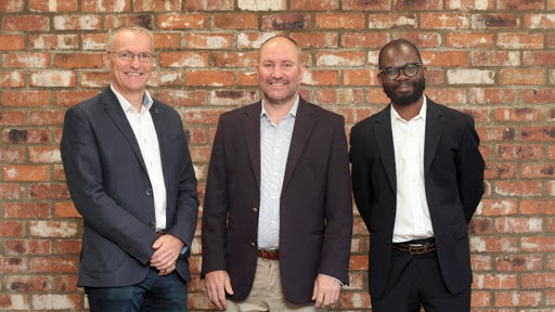 From left: Dave Funnell, VMware Senior Manager: Cloud Provider Business, Sub-Saharan Africa; Andrew Cruise, managing director, Routed; Guy Zibi, principal analyst, Xalam Analytics.