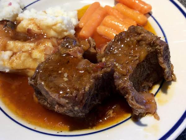 Short Ribs In The Pressure Cooker