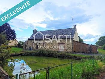 maison à Fontaine-Couverte (53)