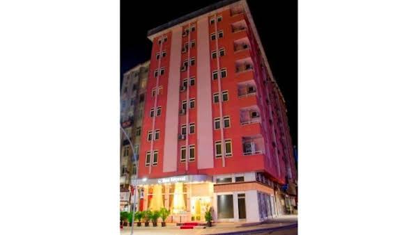 Kircuval Hotel