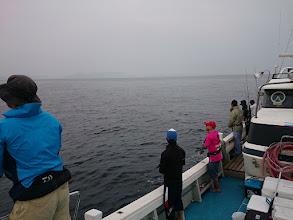 Photo: 釣りをするには、暑くなくいいコンディション ですが、雨も降りそうでちょっと不安です。 ガンバってシャクっていきましょーっ!