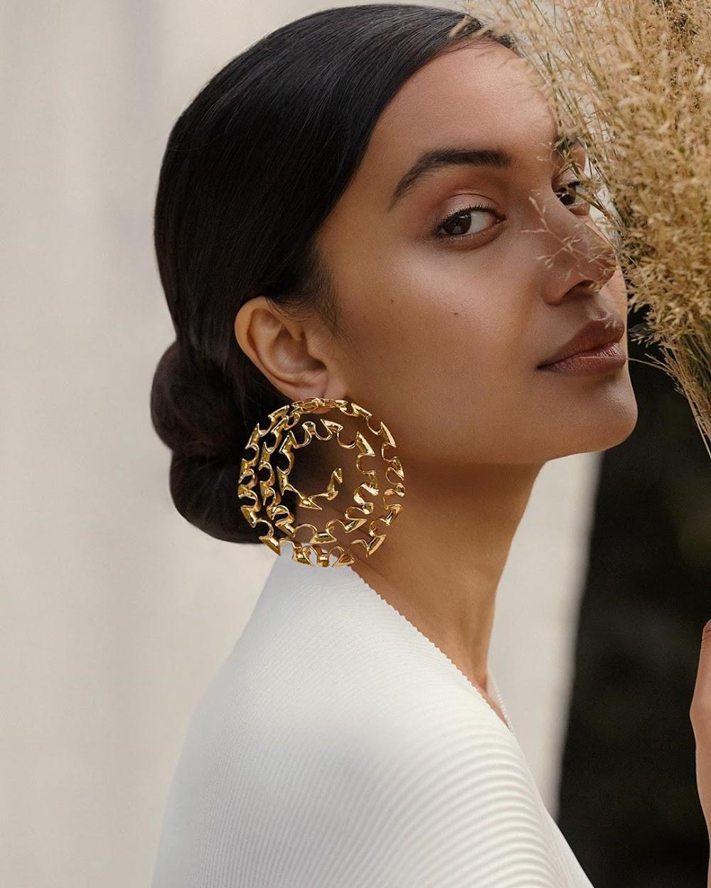 latest-jewellery-trends_hoops
